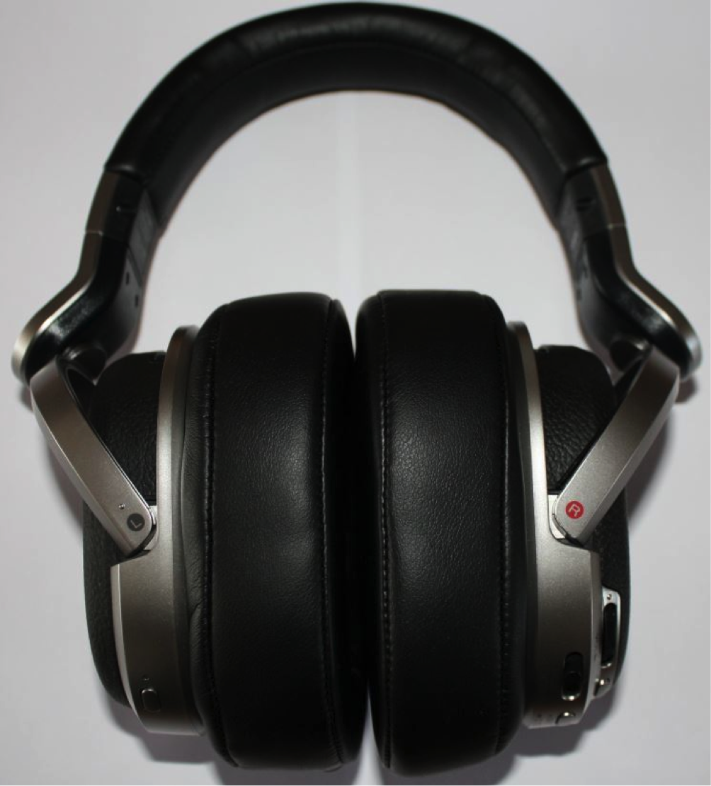 sony-mdr-hw700ds-foto-3